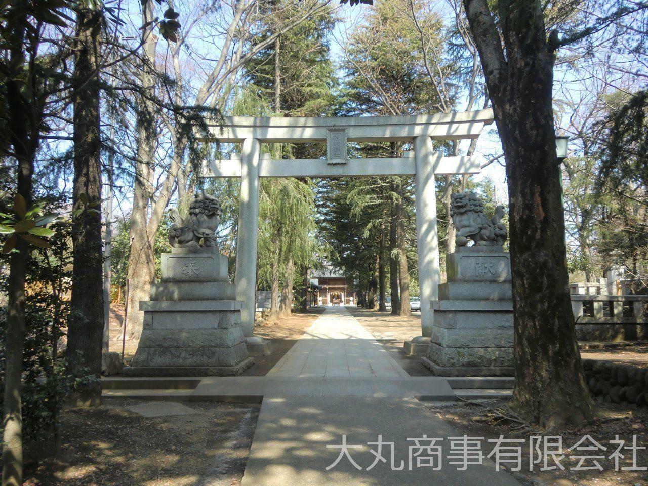 夏には例祭で盛り上がる由緒ある神社