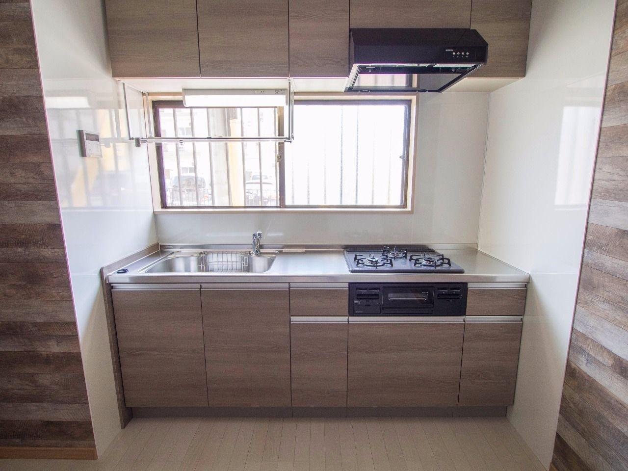 今回のリフォームで入替えた新品のキッチン