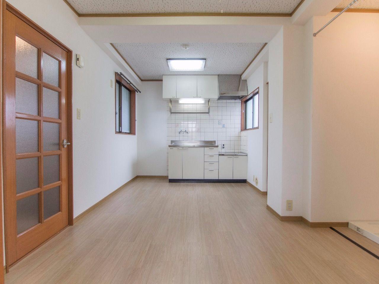 大きく使える壁付キッチン