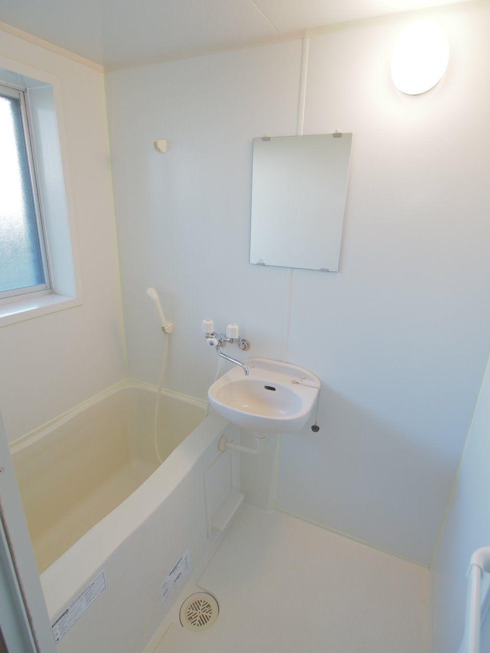 換気がしやすい窓付きの浴室