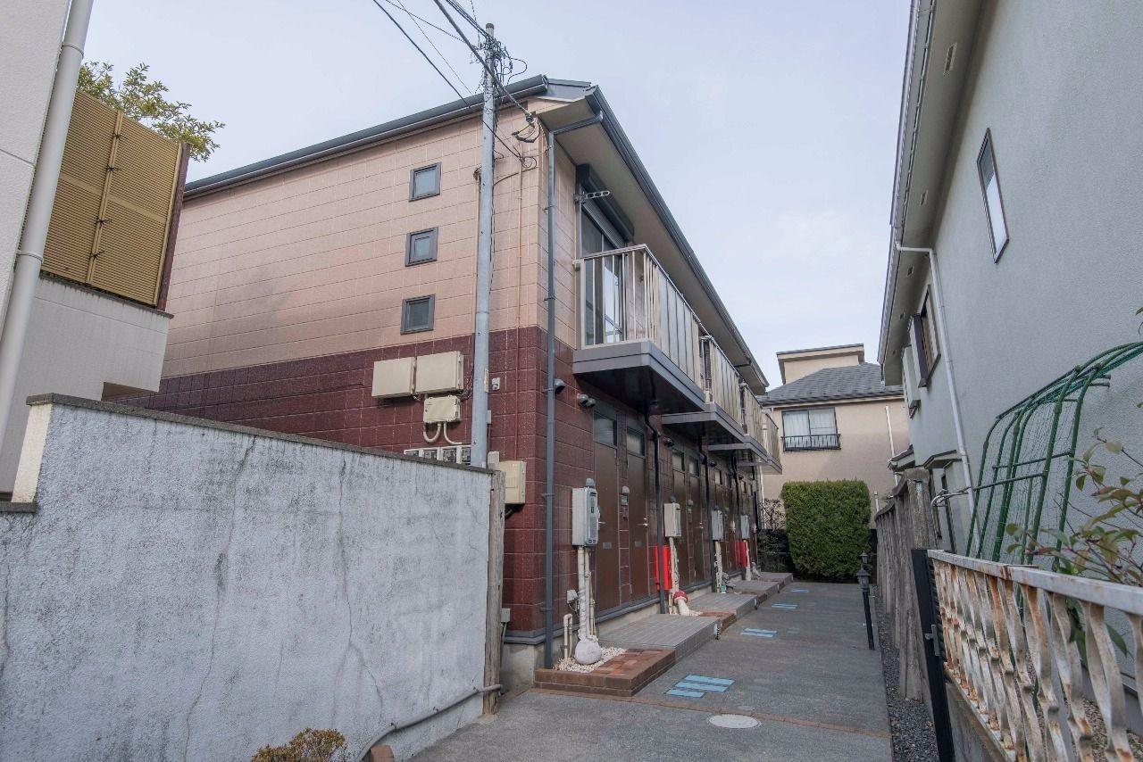 桐朋学園通り沿いの建物