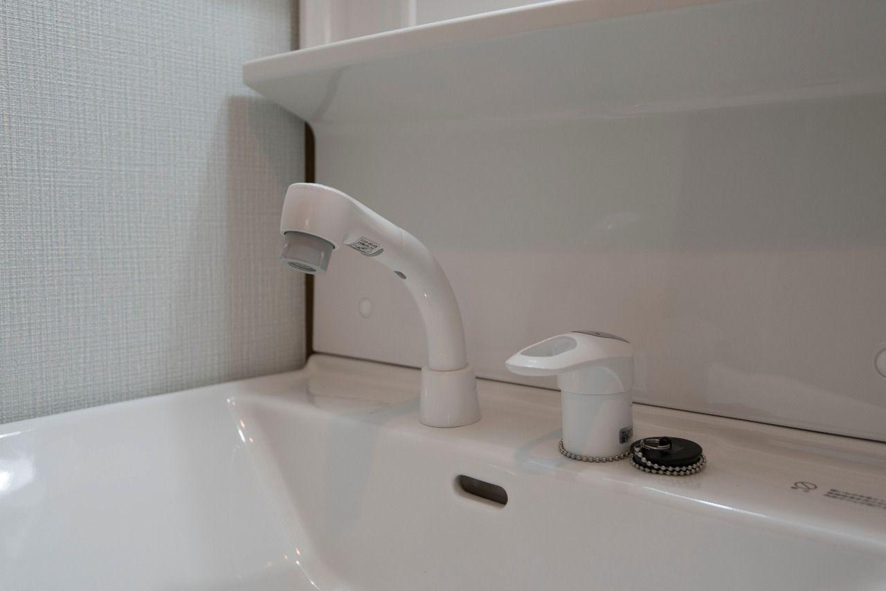 シャワー付き洗面水栓