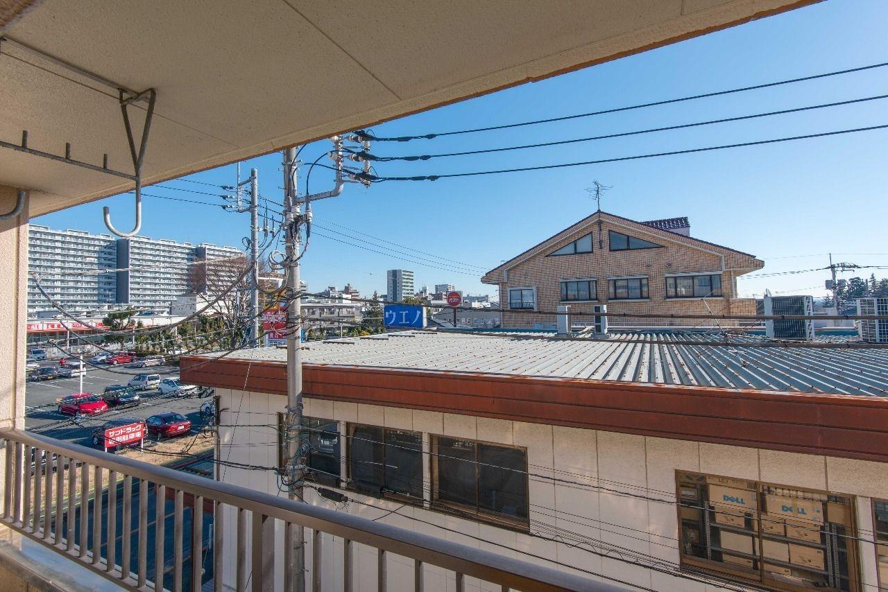 昭島駅方向を望む