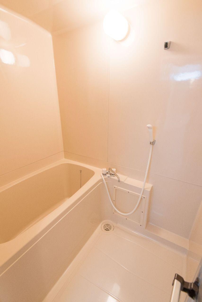 お掃除の簡単なユニット式浴室
