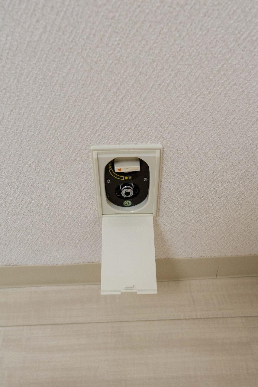リビング・キッチン・和室にガス栓あり