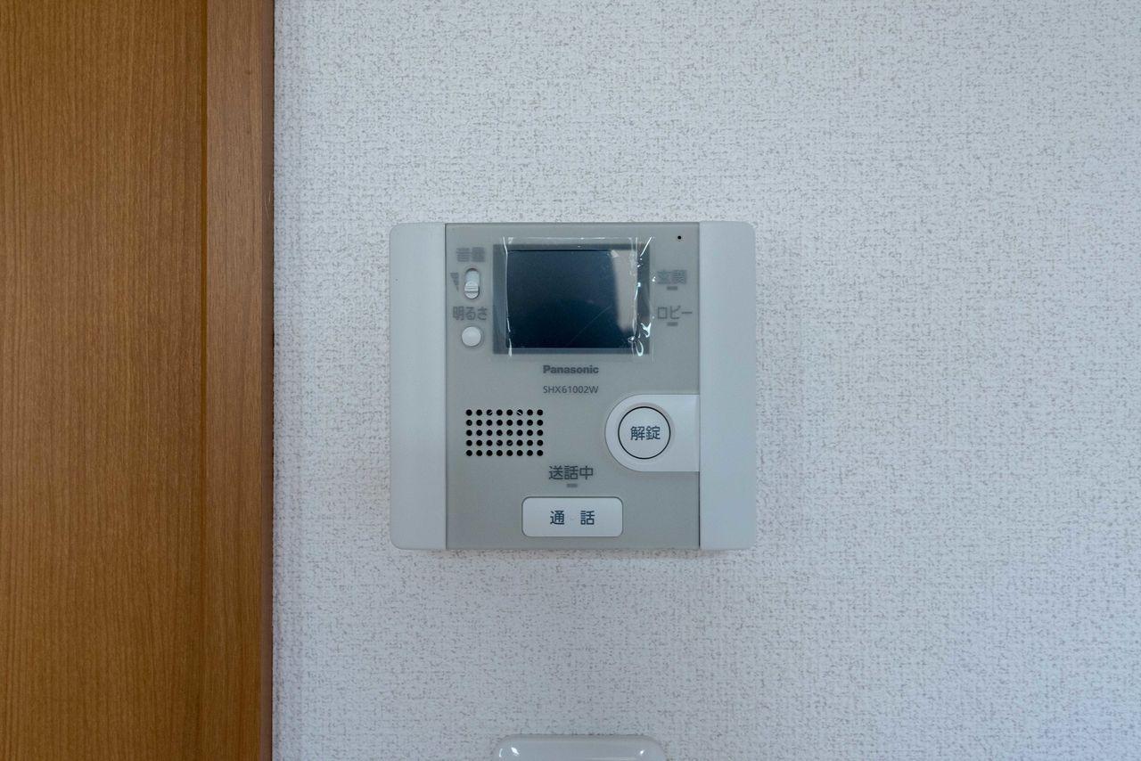 インターホンの室内受話器