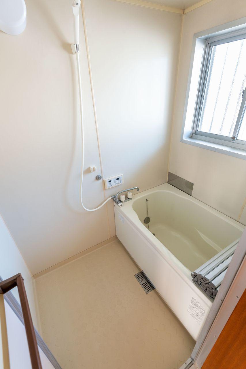 追い焚き機能付の浴室