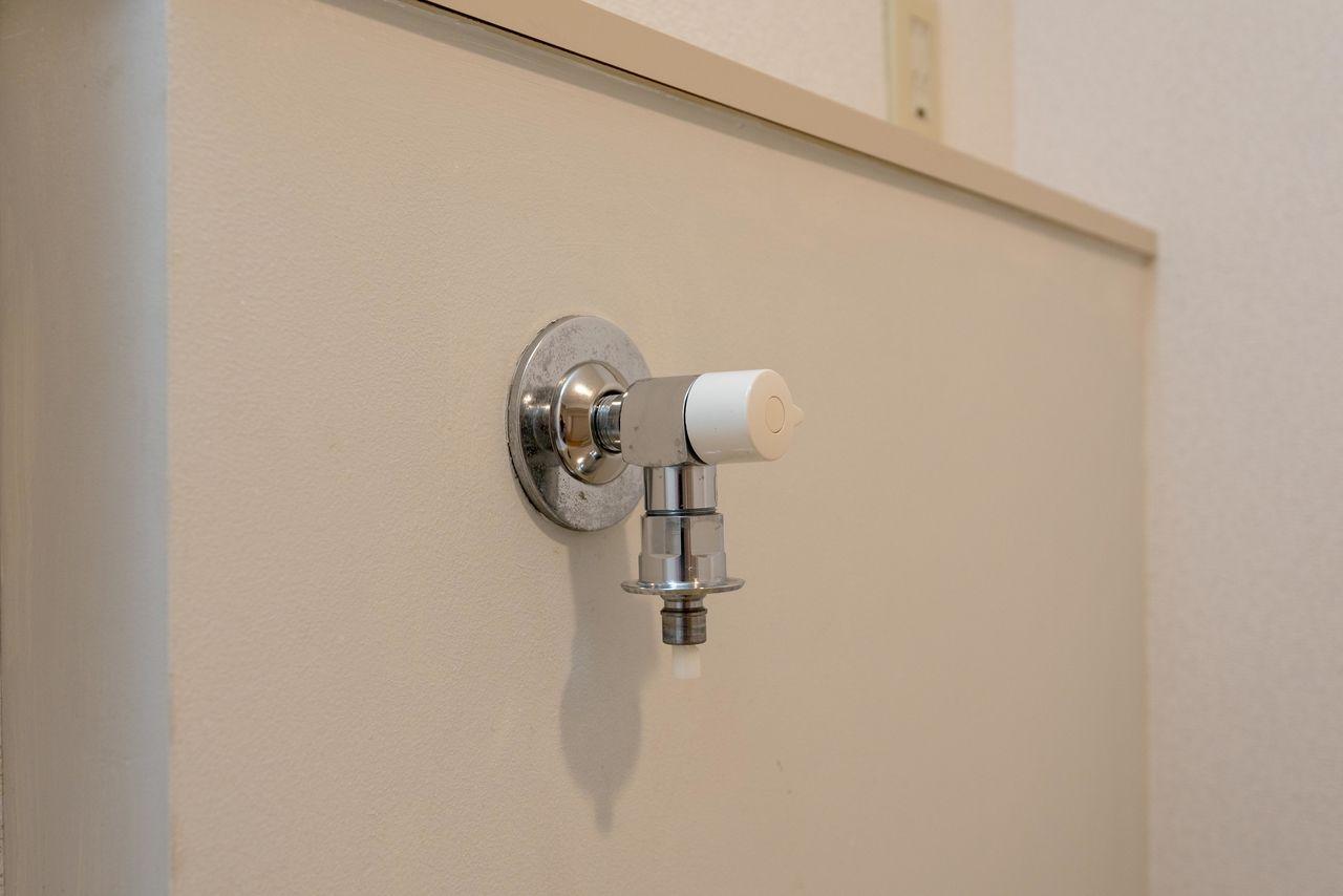 ホースの取付が簡単なワンタッチ式水栓