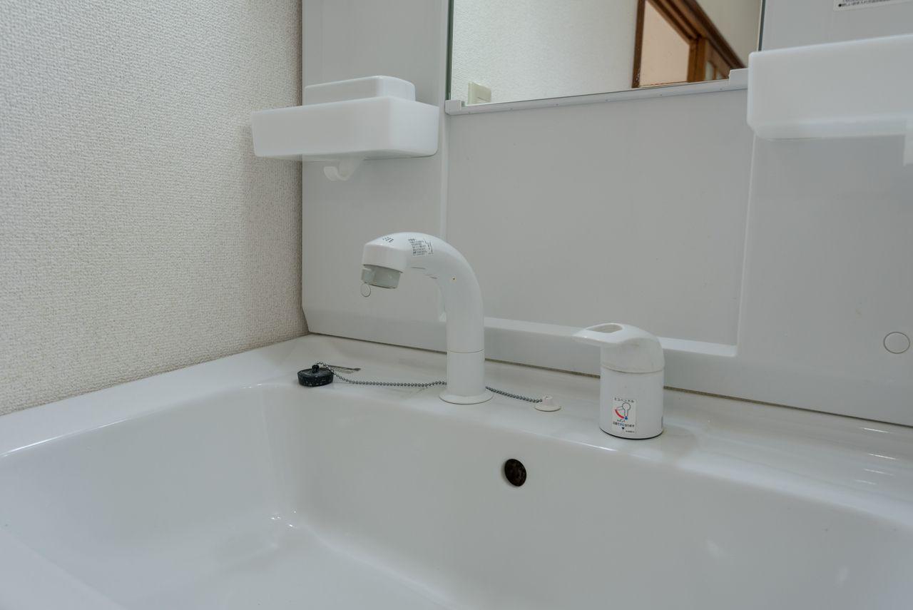 高さ調整機構のあるシャワー付水栓