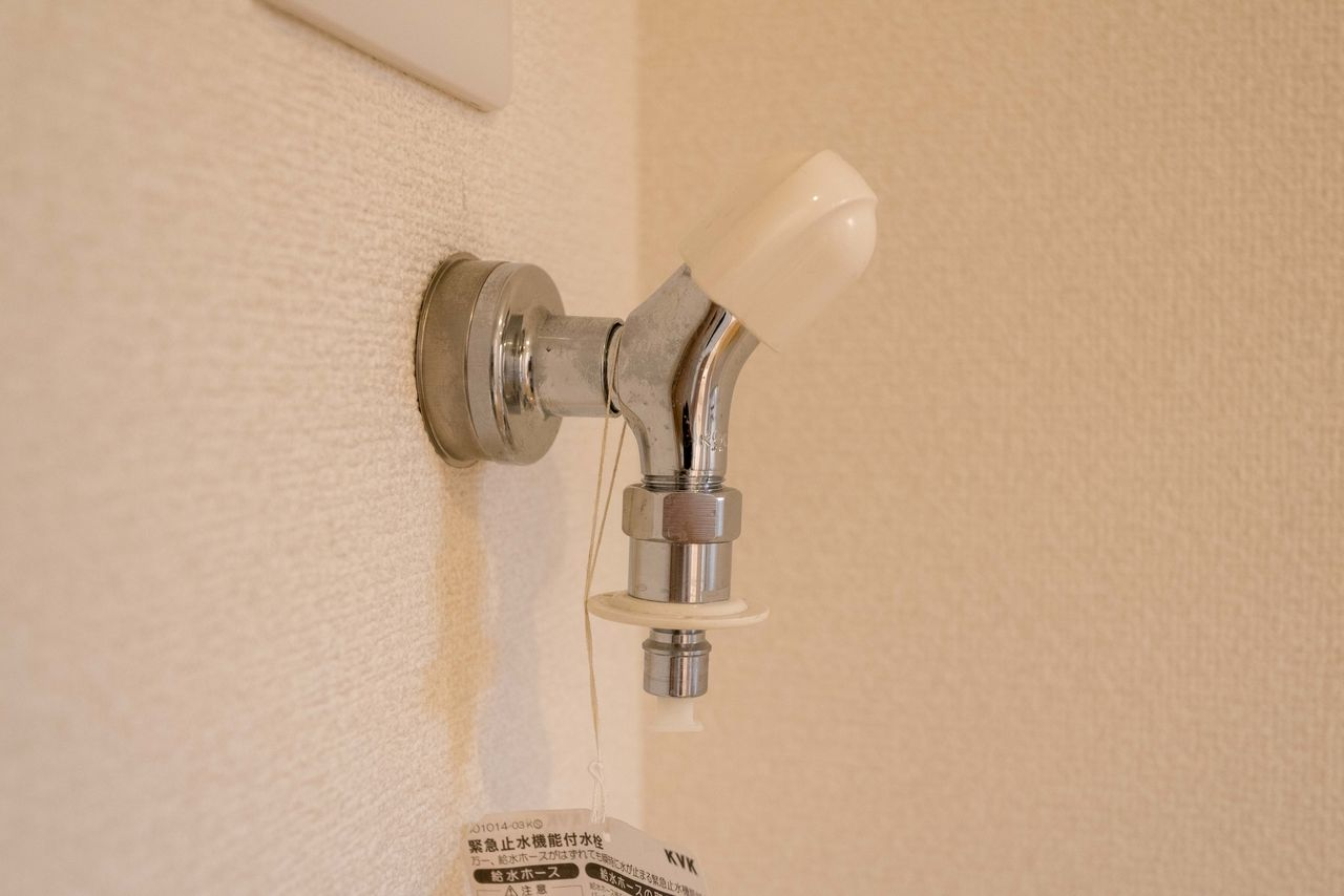 ホースの取付が簡単な洗濯水栓