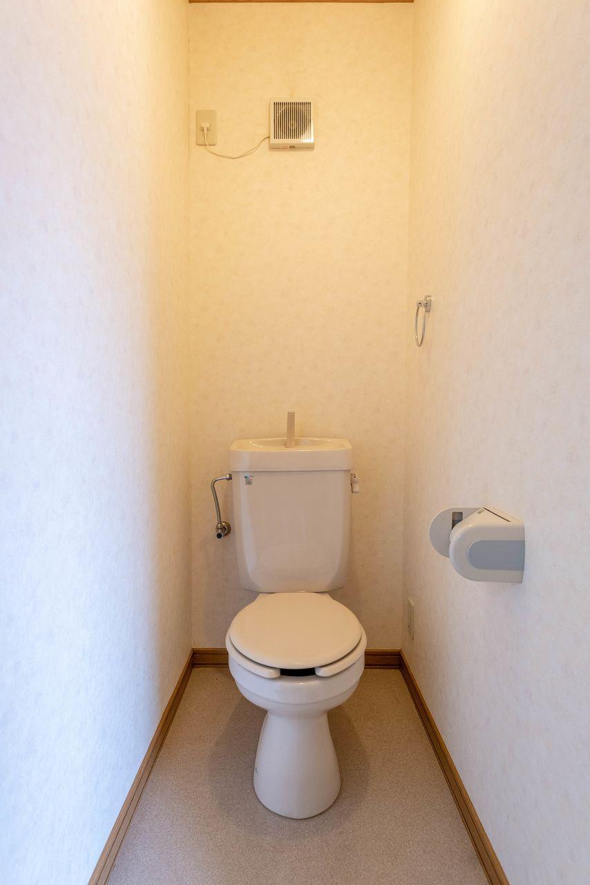温水洗浄便座用のコンセントあり