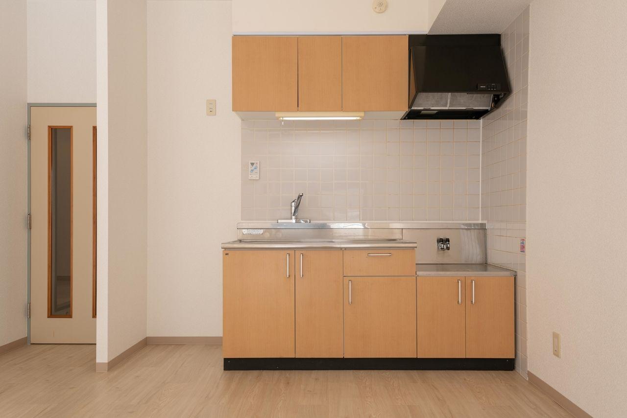 広さを有効利用できる壁付キッチン