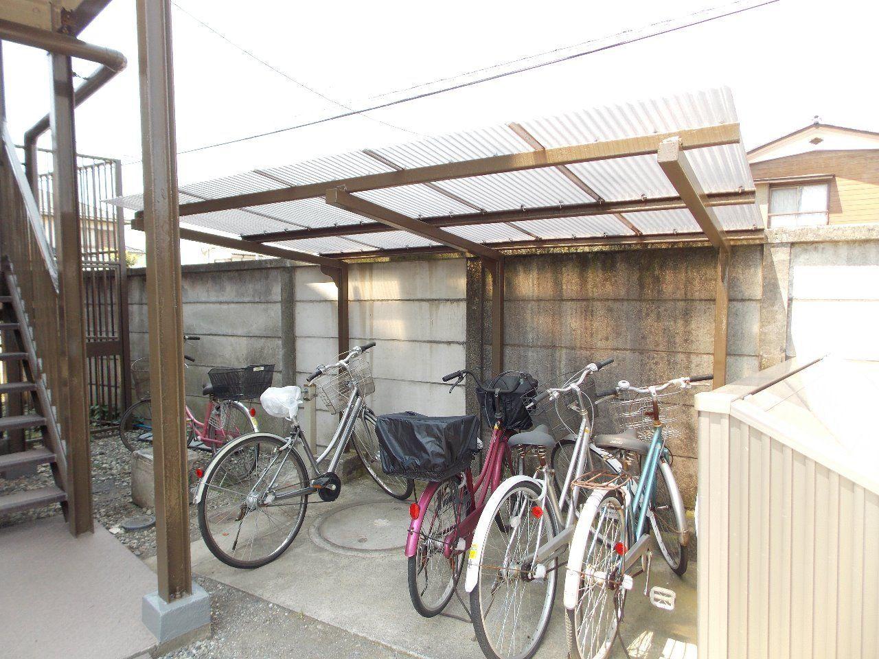 屋根付の自転車置場で大切な自転車を守ります