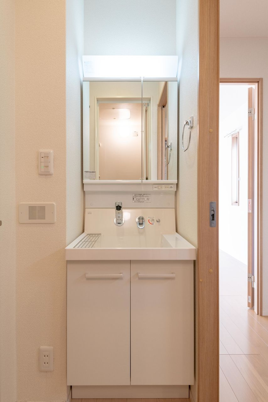 洗面台下収納のある使い勝手の良い洗面台