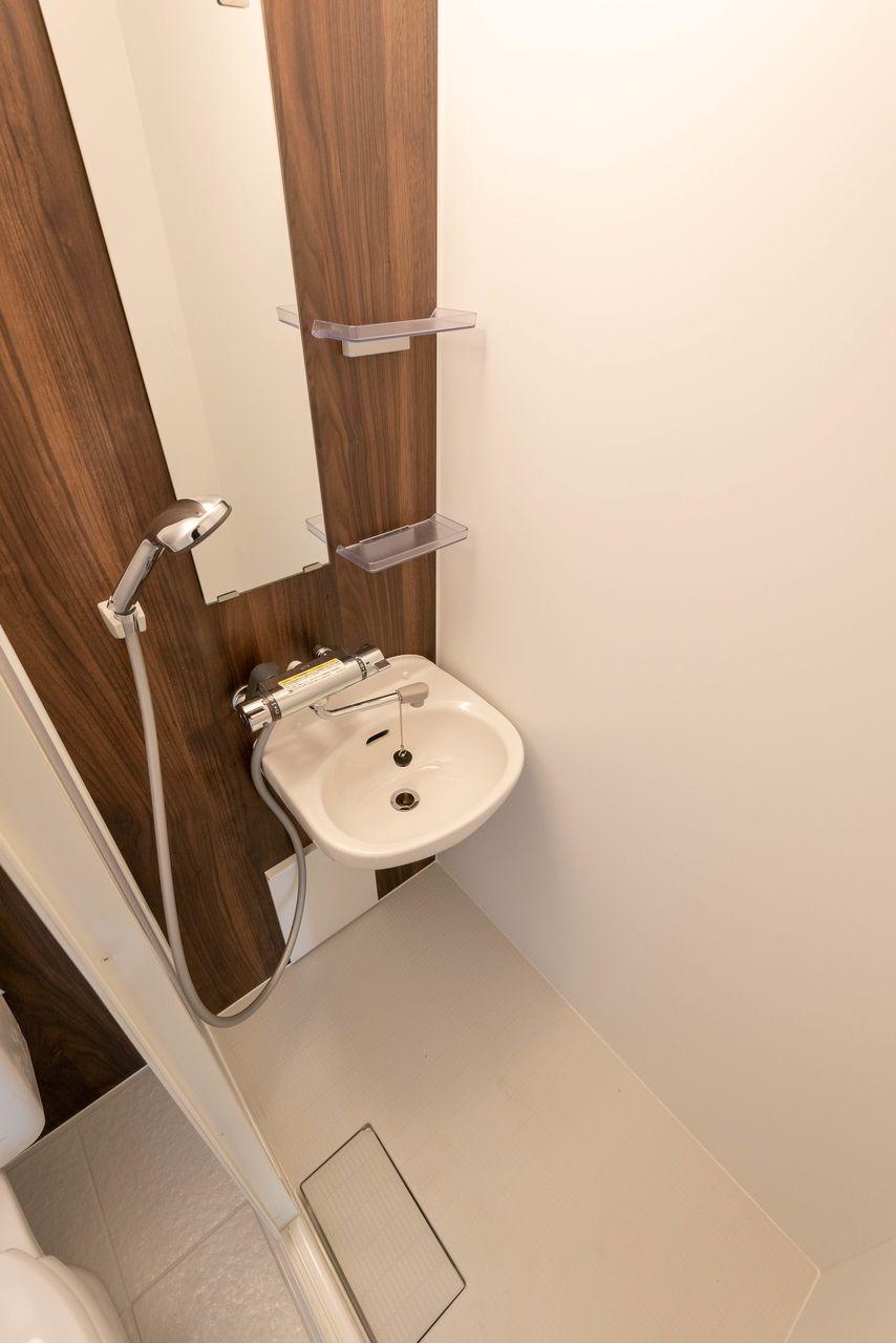 サーモスタット付シャワー水栓で快適