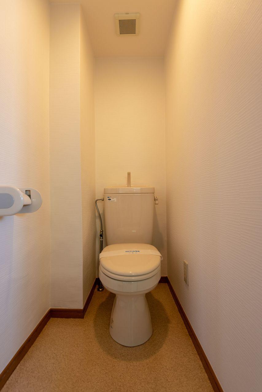 広さにゆとりのあるトイレ