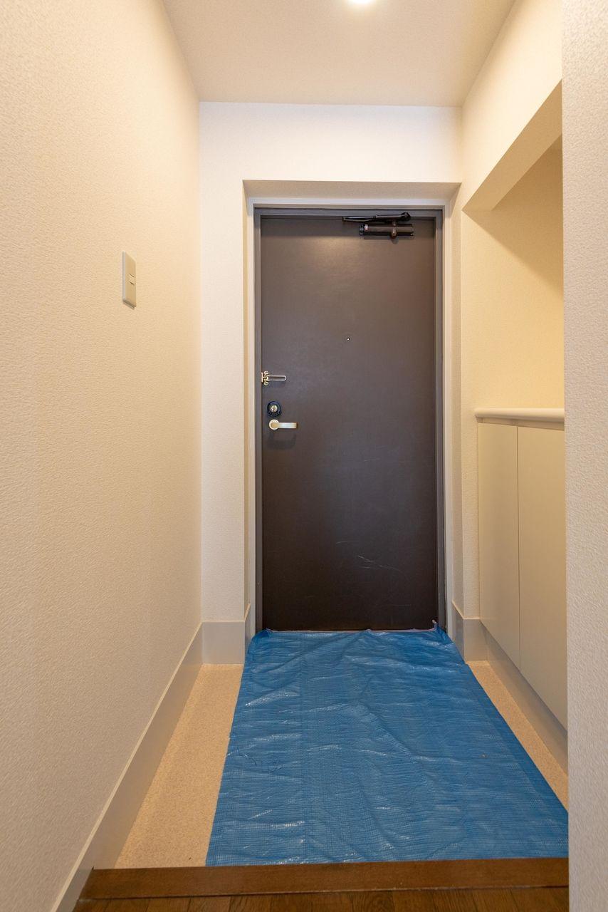 何かと便利な少し広めの玄関
