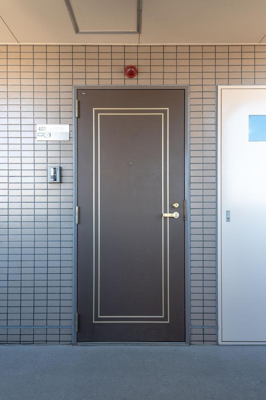 お部屋の顔となる高級感ある扉