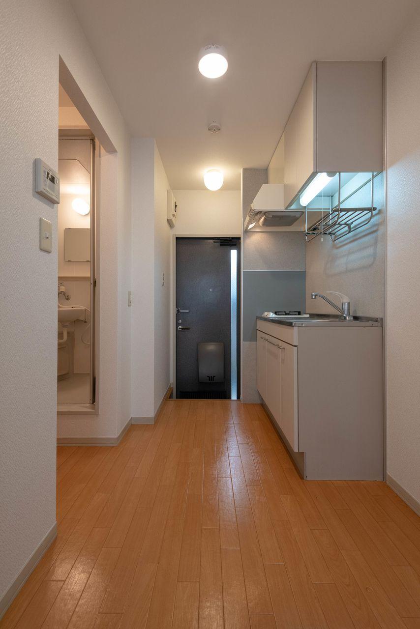 冷蔵庫置場もあるキッチンスペース