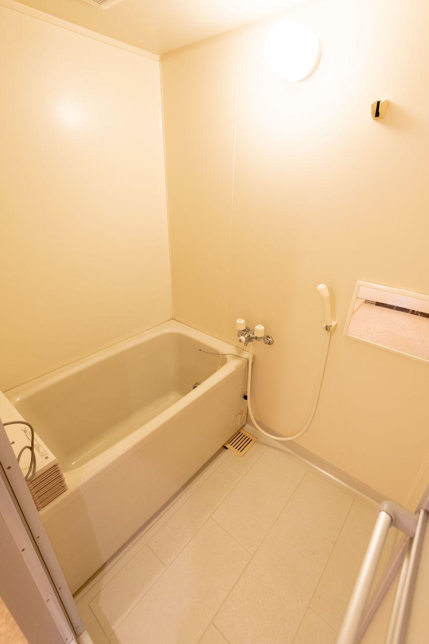 自動お湯張り・追い焚き機能付のお風呂