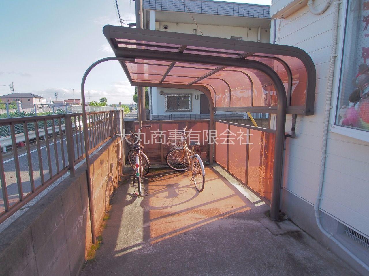 屋根付の自転車置場