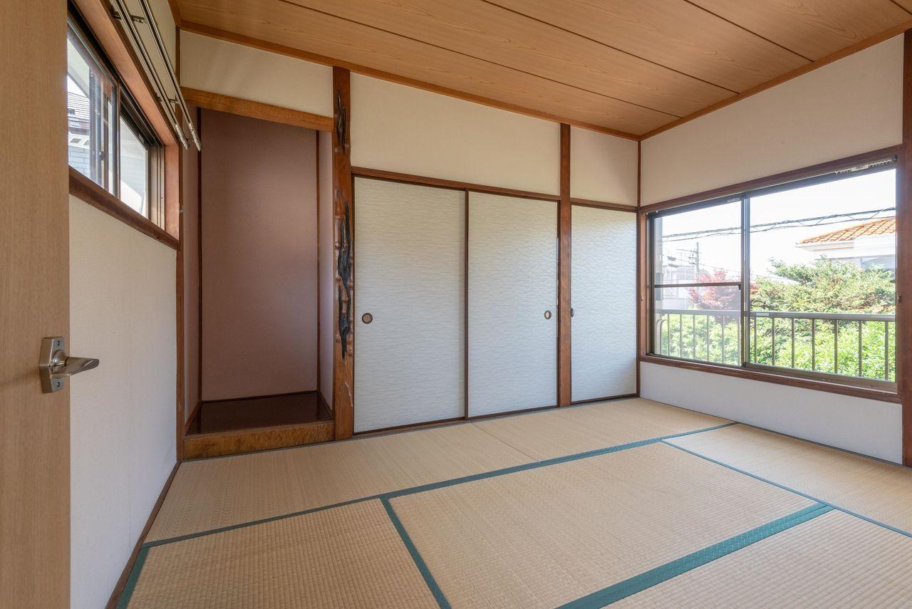 6帖と床の間のある和室