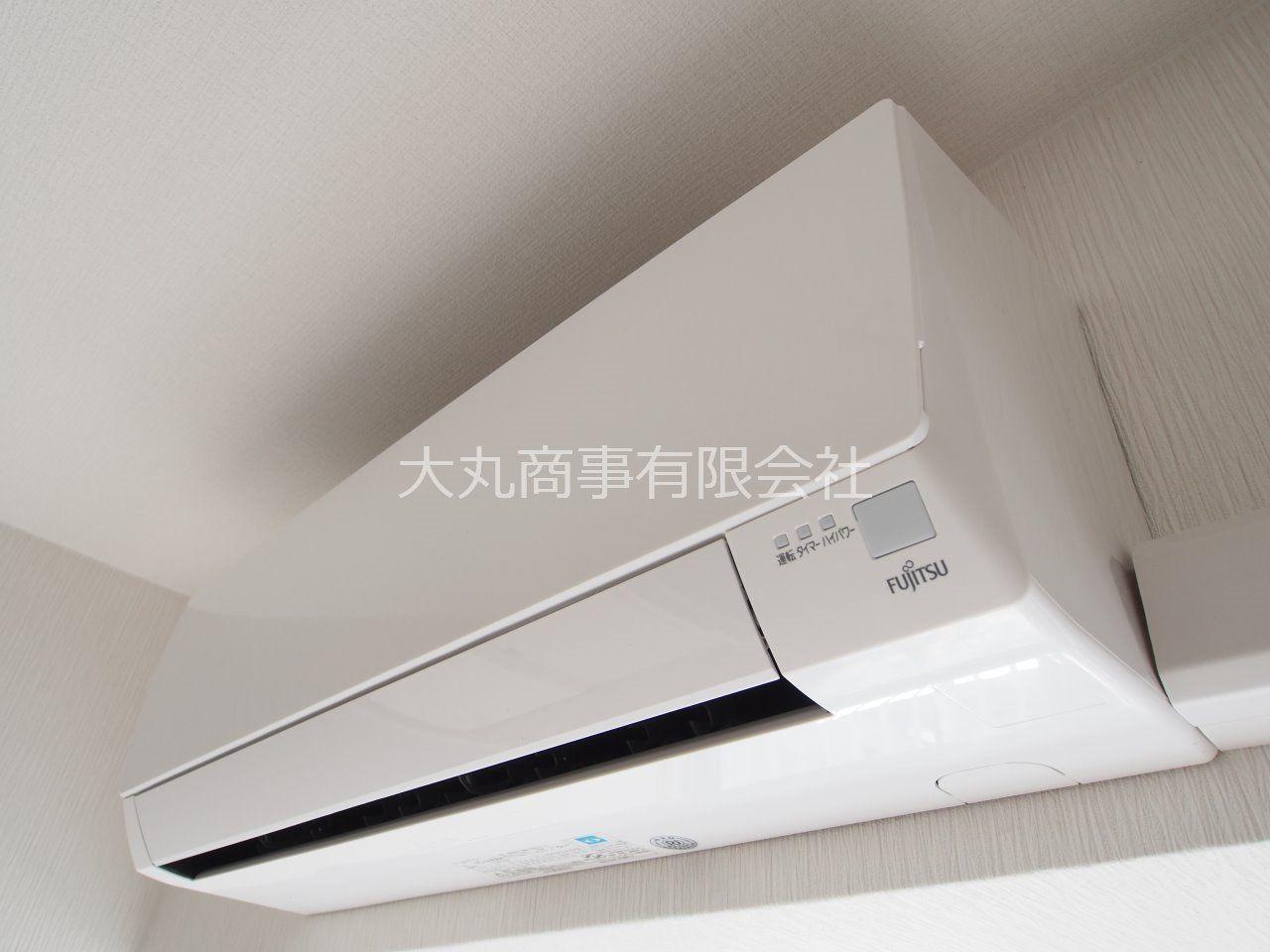 LDKに設置してあるエアコン(富士通ゼネラル製、2016年製、AS-A406H)