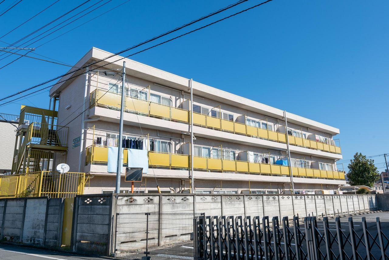 立川駅南口から徒歩10分の建物