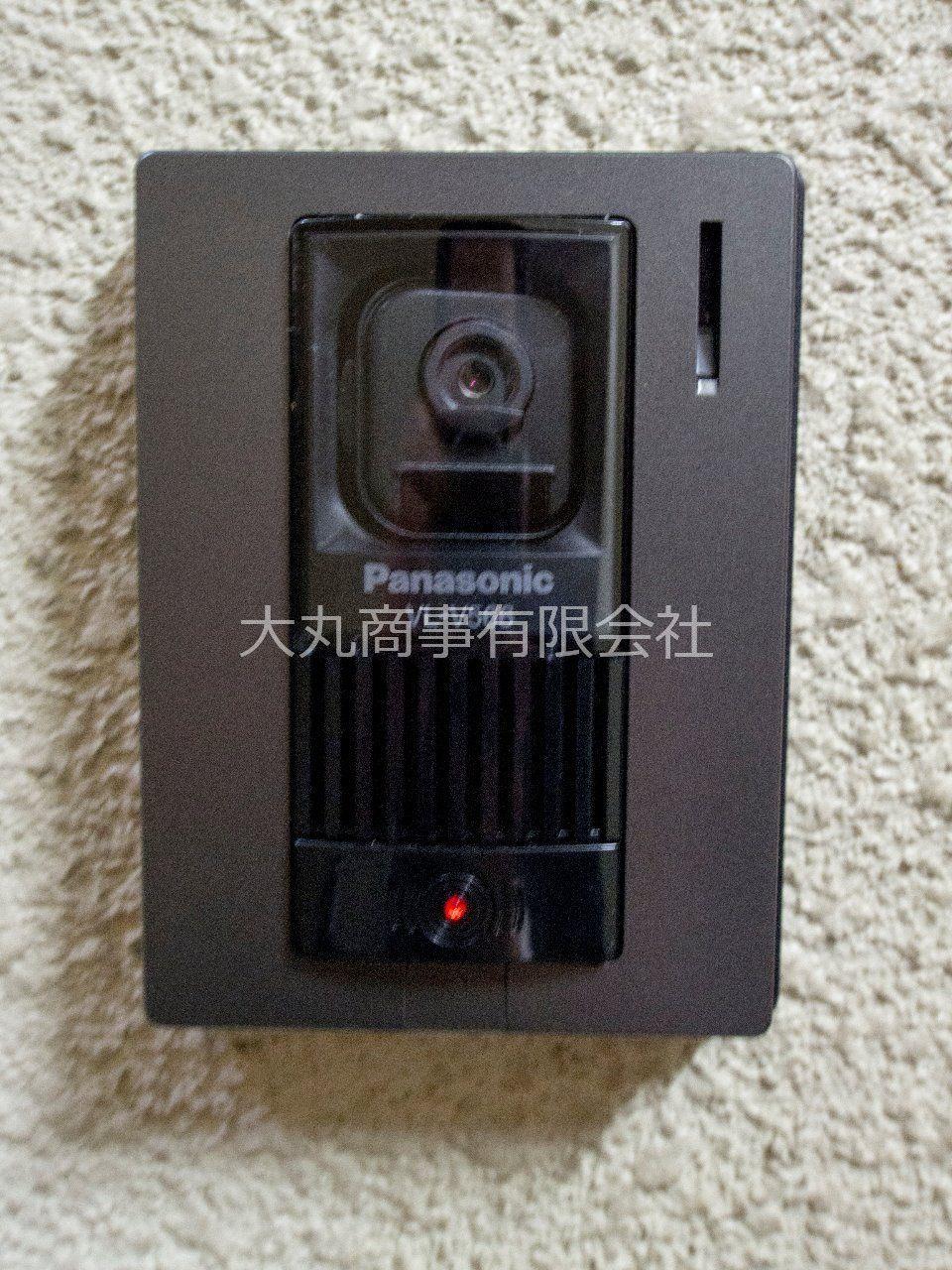 来訪者の顔が確認できるカメラ付チャイム
