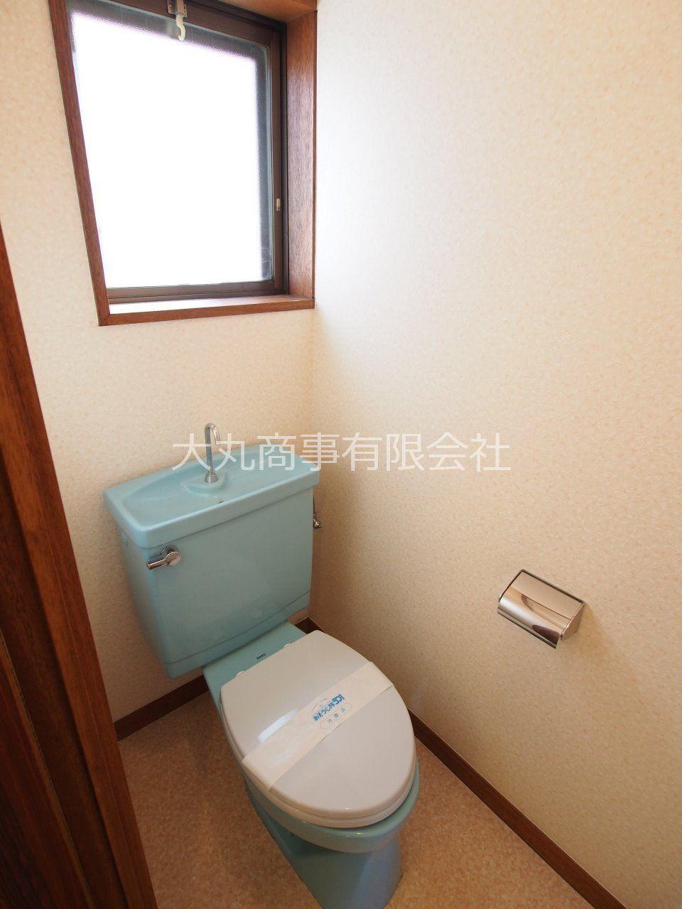 換気しやすい窓付きトイレ