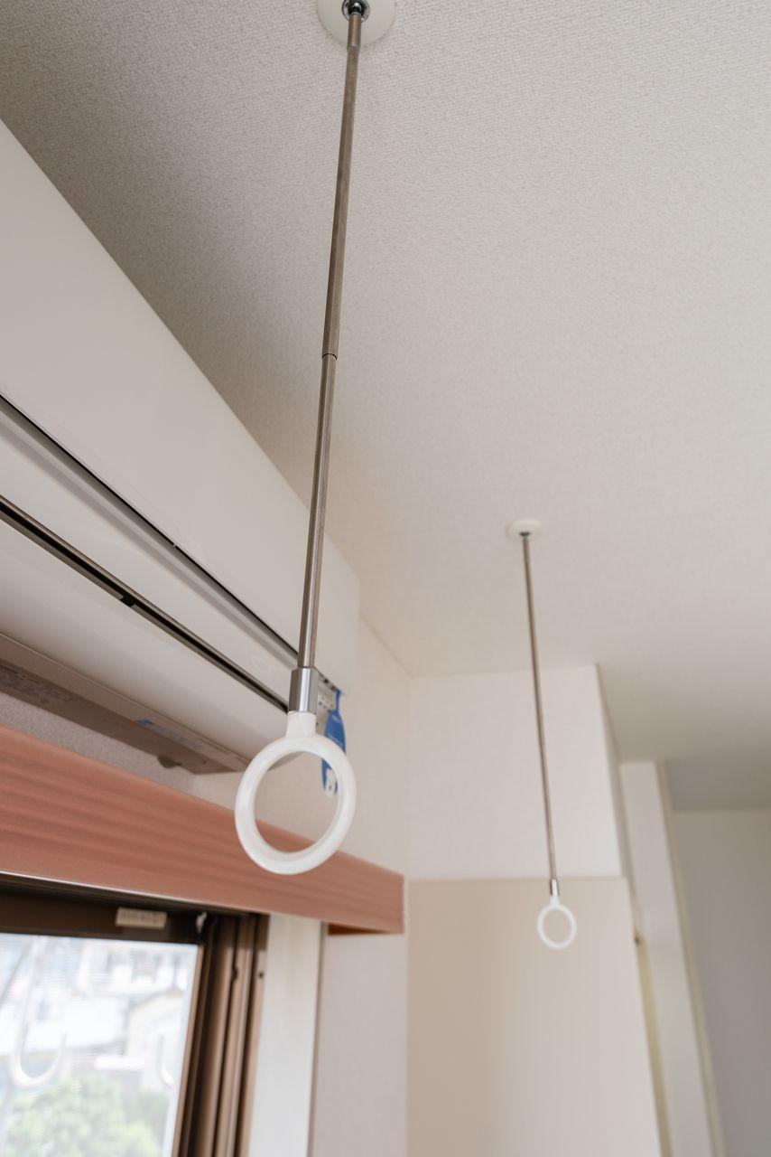 物干竿を利用して室内物干しができる
