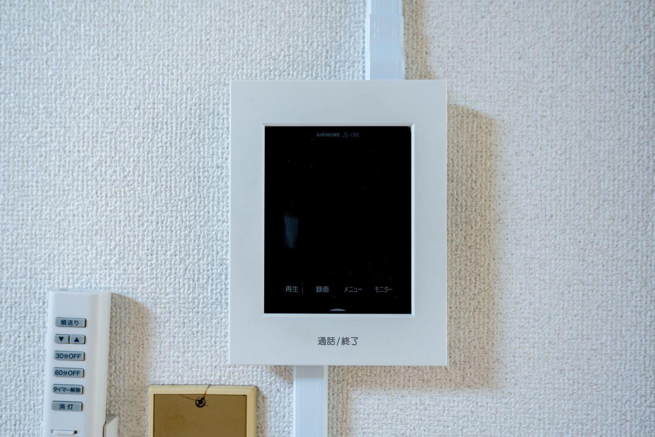 モニター付の室内受話器