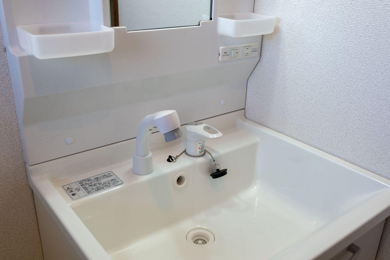 便利なシャワー付き水栓