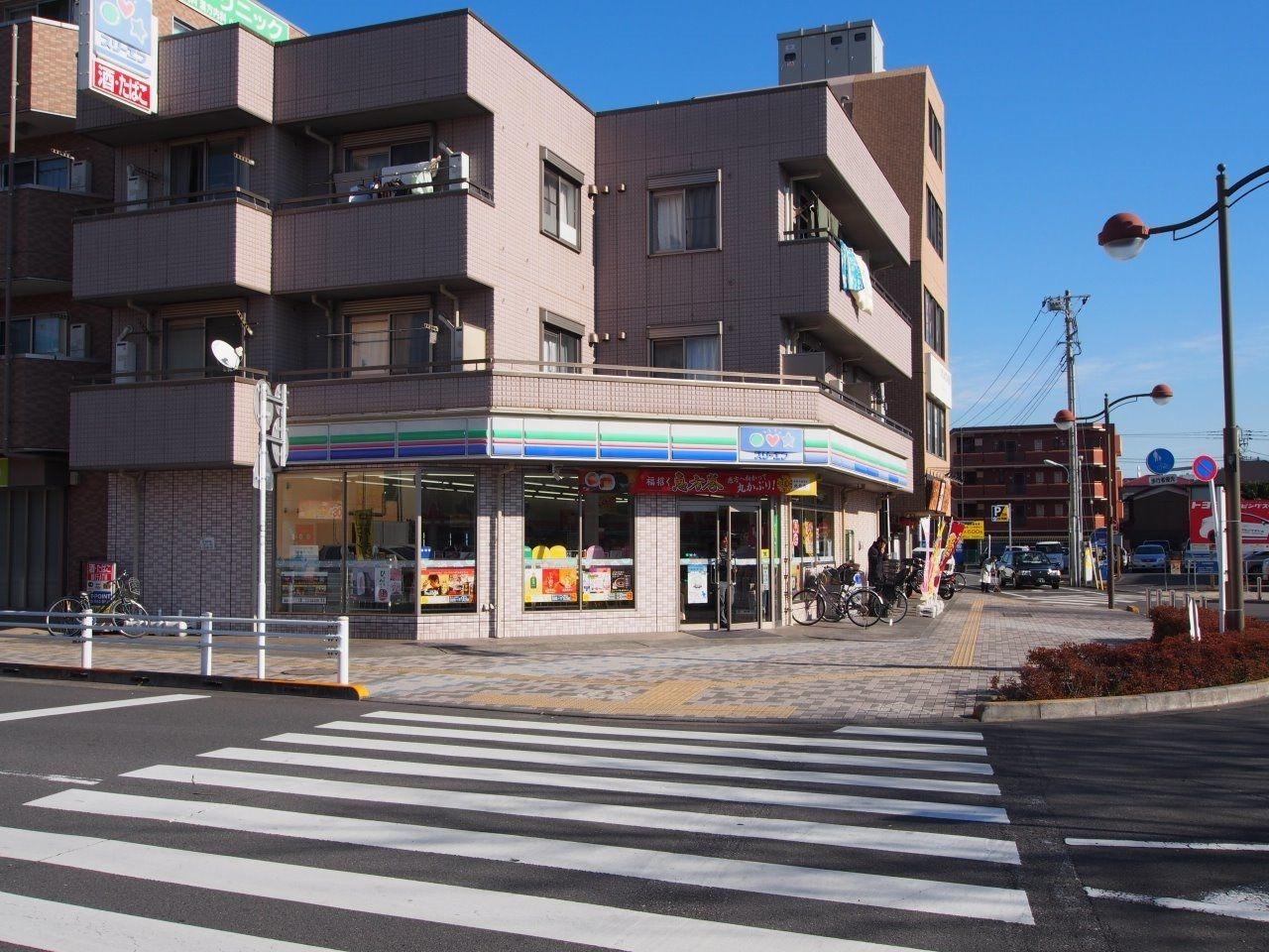 中神駅前のコンビニ