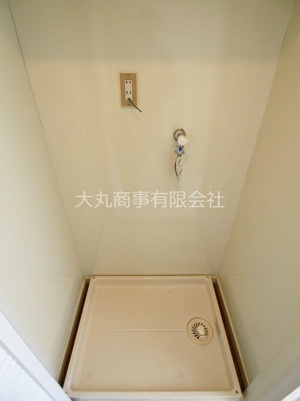 洗濯機置場には扉がありるので、美観を損ないません。
