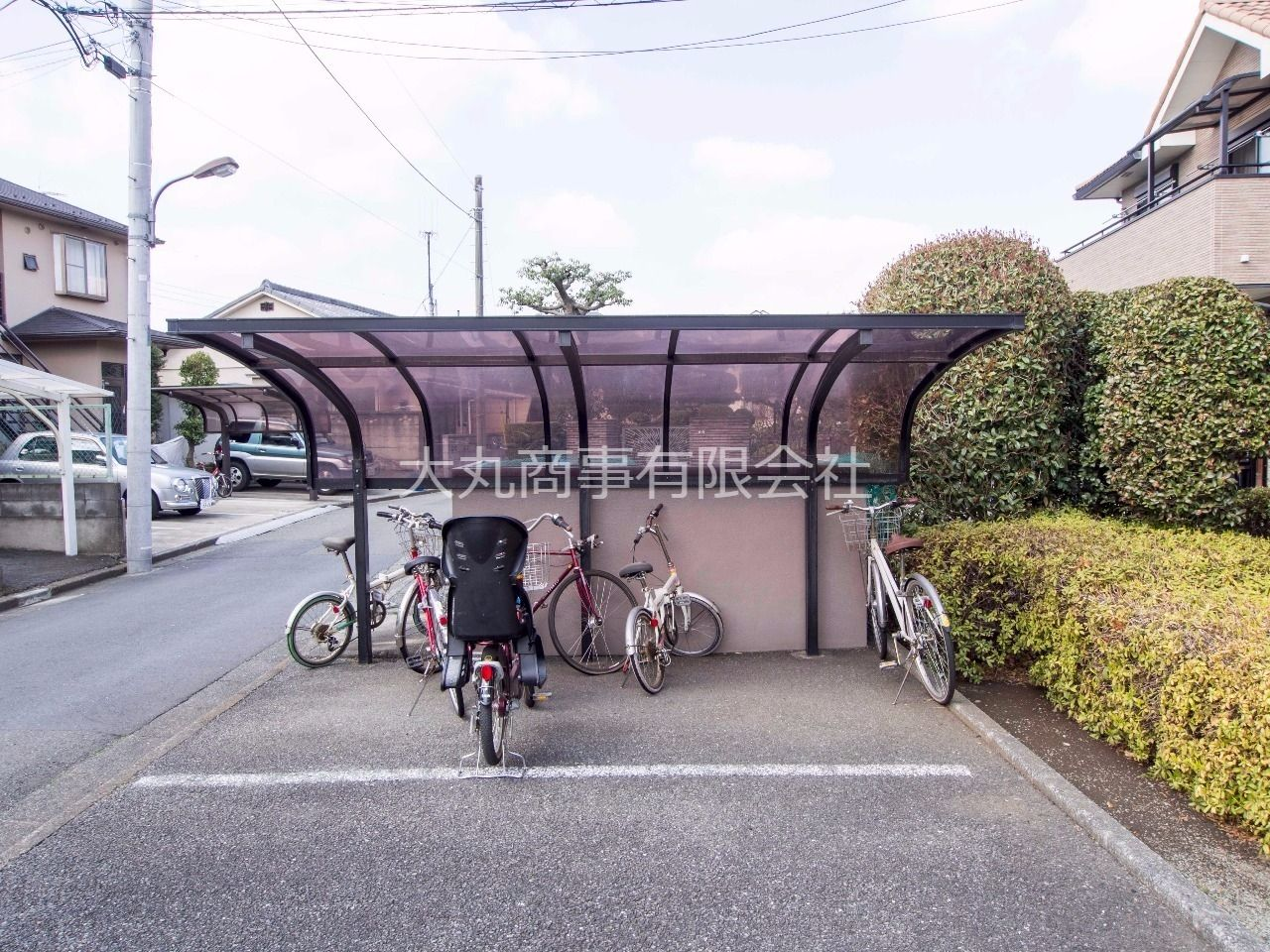 屋根のある自転車置場