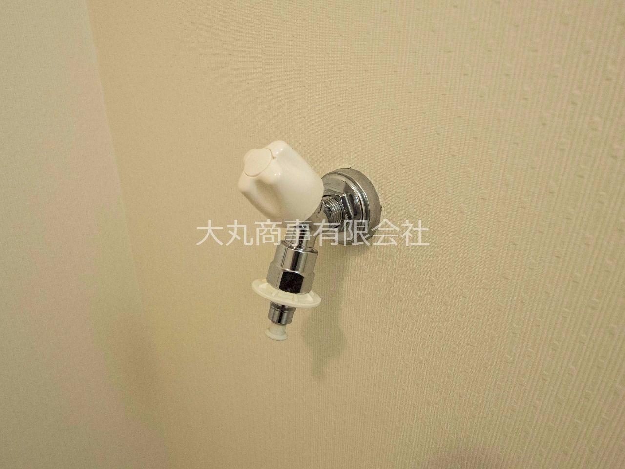 洗濯ホースの取付けが簡単な緊急止水弁付洗濯水栓