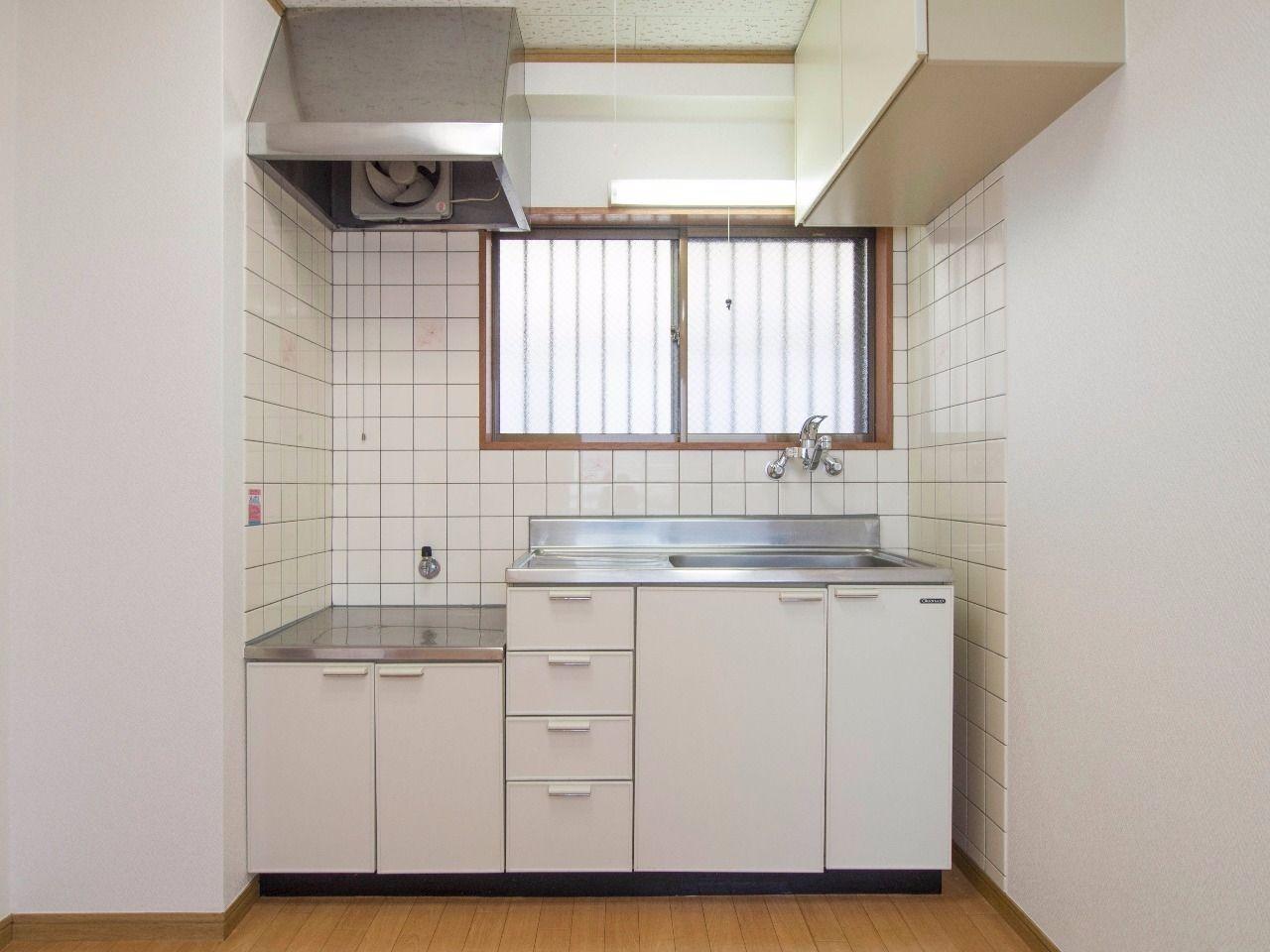 吊り戸棚付でガスコンロ対応キッチン(都市ガス)