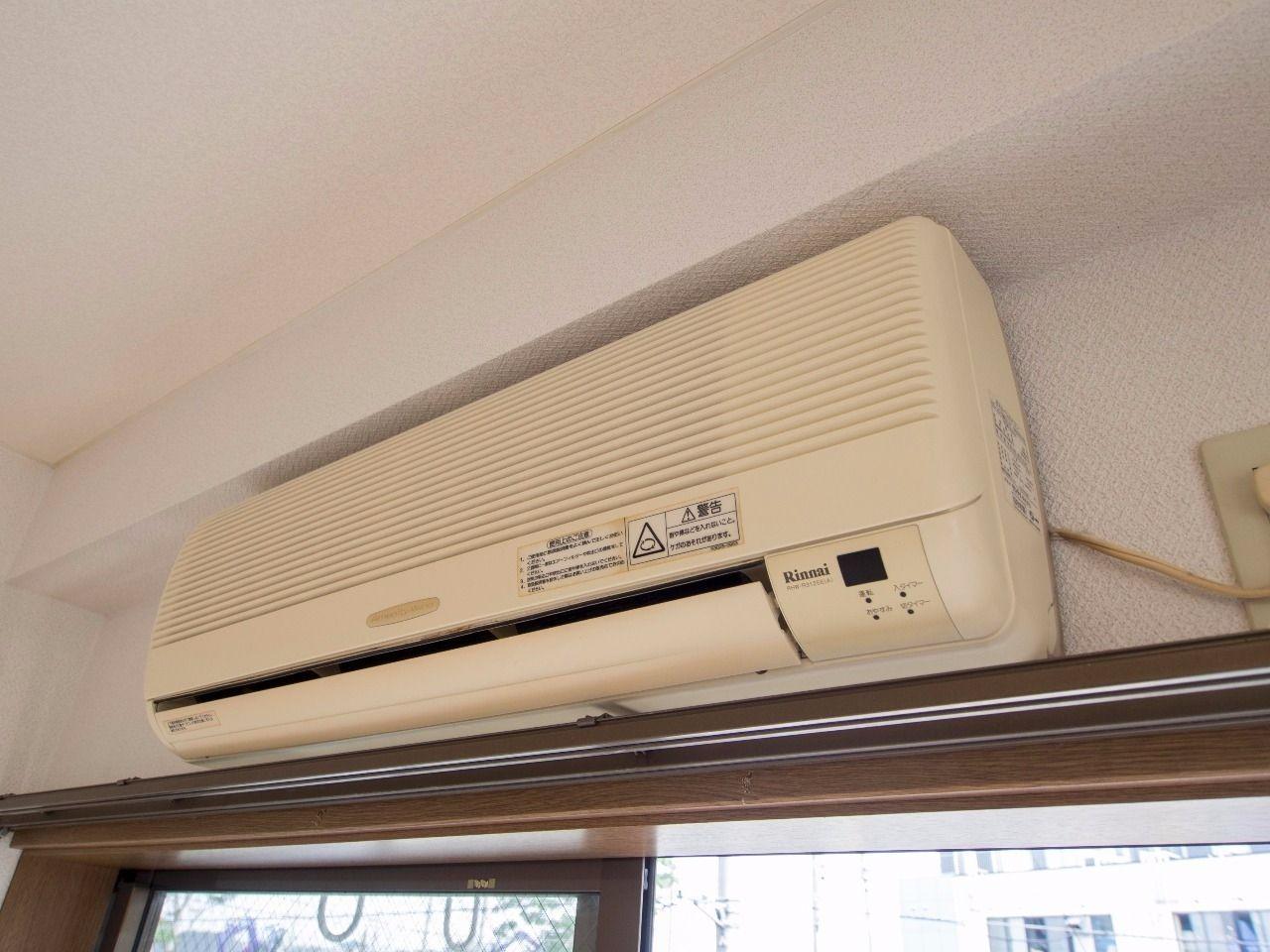 リンナイ、98年製ガスエアコン(型番:RHW-R3125E)