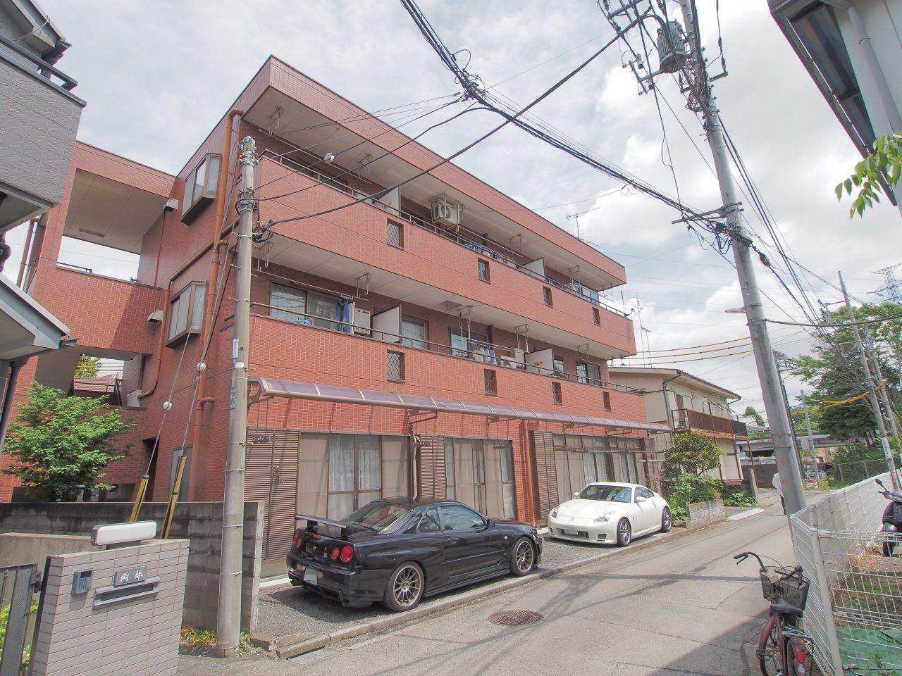 3階建鉄骨造のマンション