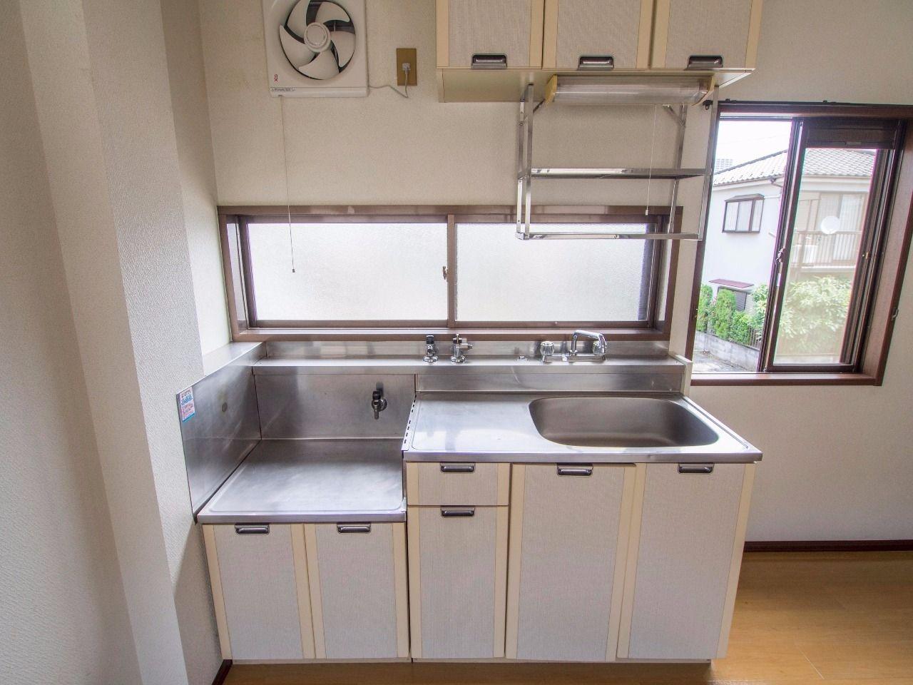 ワンルームには珍しい2口ガスコンロ対応キッチン