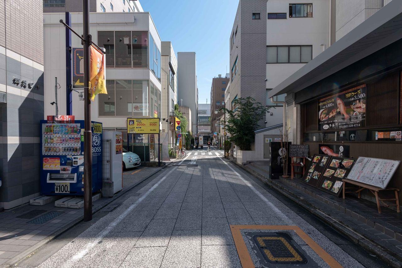 個人店の多い立川駅南口の柴崎町界隈